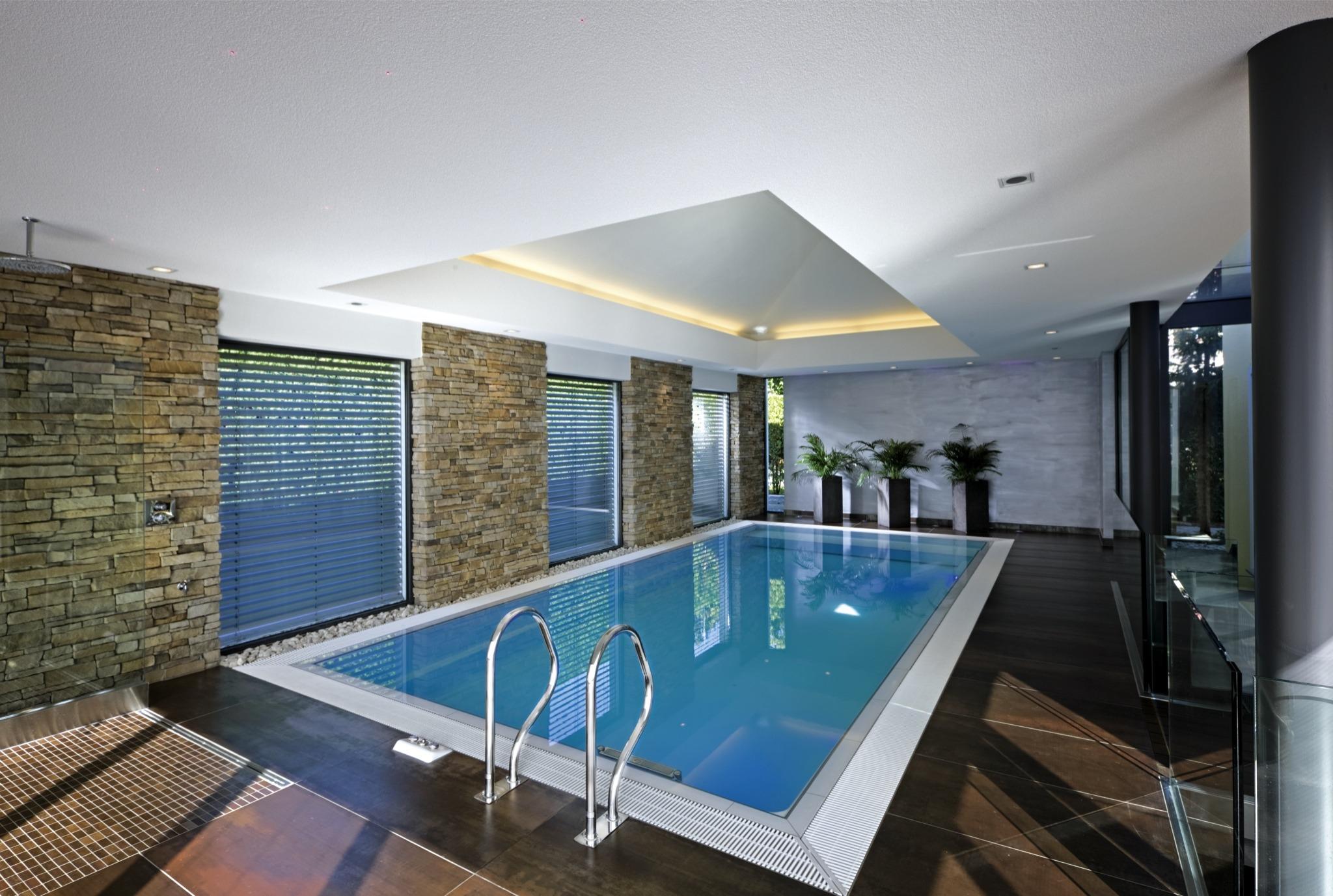 neubau pools aus beton oder edelstahl schwimmbadservice. Black Bedroom Furniture Sets. Home Design Ideas